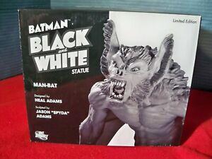 Batman Black and White Manbat Statue Neil Adams 249 of 2500 2010