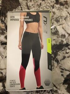 2XU Women's Fitness Stride Compression Tight  BLK/FLR Size Large