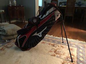 Mizuno Aerolite Stand Carry Golf Bag  Dual AeroStrap Harness 7 Way Divider Red