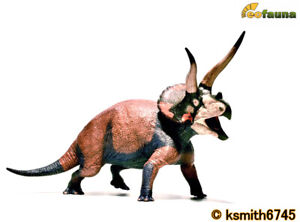 eofauna 1:35 scale TRICERATOPS Dominant) plastic toy prehistoric animal dinosaur