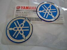2 x GENUINE YAMAHA R1 R6 R7 DOMED EPOXY RESIN LOGO EMBLEM STICKER DECAL 30mm