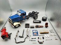 1/25 AMT Opening Door Autocar with KW Grill and Peterbilt Fenders Junkyard Build