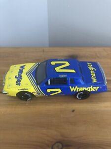 1981 DALE EARNHARDT #2 WRANGLER DALE THE MOVIE RACED VERSION 1/24 NASCAR DIECAST