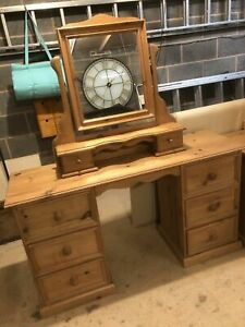 Gorgeous Solid Pine Large Kneehole Dressing Table/ Desk with Freestanding Mirror