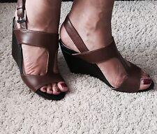 Carvela Brown & Black Platform Wedges Heels Sandals / Size 6 39