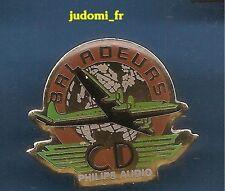 Pin's pin AVION PHILIPS AUDIO BALADEURS CD (ref 029)