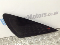 Ford Focus ST MK2 5DR Drivers side rear small tinted window glass