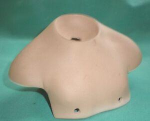 """Porcelain shoulderplate, 5.4"""", neck opening 1.6"""""""