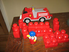 MEGA BLOKS  FIRE ENGINE TOW BAR DRIVER PLAY FIGURE RED ASSORT CONSTRUCTION BRICK