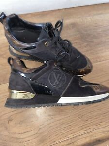 authentic louis vuitton Runnaway Trainers Size 5