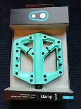 Crank Brothers Stamp 1 Flat Pedals - TURQUOISE - LARGE