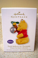 2010 Hallmark Ornament Disney's Pooh Reflects on Christmas