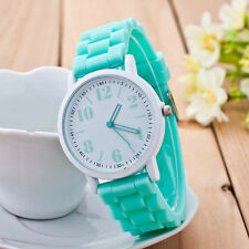 Fashion Womens Watch Leisure Small Fresh Girl Watch Analog Silicone WristWatches