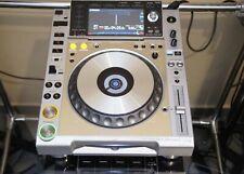 PIONEER CDJ 2000 Nexus Limited White