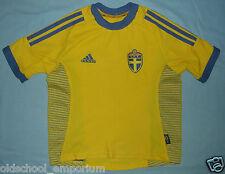 SWEDEN / 2002-2004 Home - UMBRO - vintage JUNIOR Shirt / Jersey. Size: 6/7 yrs?