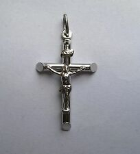 9Ct White Gold Medium Crucifix Tubular Cross Pendant 1.6g