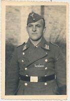 Foto Soldat der Luftwaffe mit Schiffchen  2.WK  (D851)