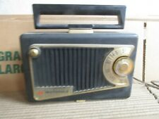 VINTAGE c1959 Motorola Model 56L1  AM Tube Radio AC DC Works
