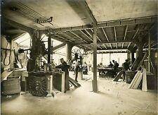 """""""MENUISERIE : Machines à bois début des années 30"""" Photo originale"""