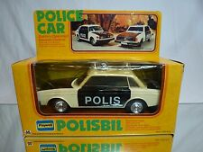 PLAYWELL HONG KONG VOLVO 244 DL POLIS BIL POLICE - BATTERY RC  L26.0cm - GOOD IB