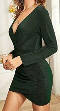 Courte robe verte à manches longues et col en V; t. XL. LIVRAISON GRATUITE!