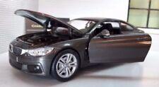 Articoli di modellismo statico grigio per BMW Scala 1:24