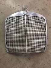 Mercedes w110 w111 w112 220seb 250se 280se 300se radiator grille shell original