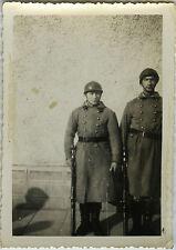 PHOTO ANCIENNE - VINTAGE SNAPSHOT -MILITAIRE ARME BAIONNETTE CASQUE WW1 SOLDAT 2