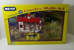 Breyer 2006 Stablemates Country Stable 12 Piece Play Set #79197 NIB