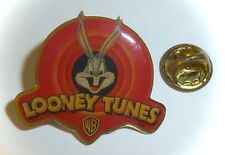 VINTAGE WARNER BROS 1997 *BUGS BUNNY LOONEY TUNES* ENAMEL LAPEL or HAT PIN