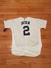 New York Yankees great Derek Jeter  # 2 large  white pinstripes Jersey gorgeous