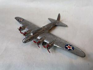 VINTAGE DIECAST DINKY TOYS USAF BOEING B17 FLYING FORTRESS LONG RANGE BOMBER VGC