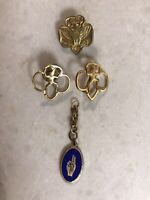 Vintage 4 Star Girl Scout Pin, 2 Brownie Pins, 2 Finger Salute Pin