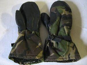 Dutch Army Camo Mitts Gloves Mittens Camouflage Warm Cold Weather DPM Surplus