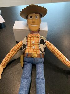 Disney Store - Toy Story Woody Action Figure - Used / working sound