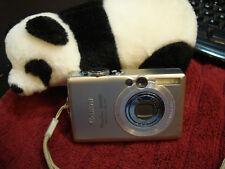 Canon PowerShot ELPH SD600 / 6.0MP Digital Camera - Silver