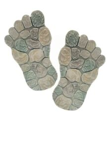 1 PAIR FEET STEPPING STONES DECORATIVE GARDEN PATH TRAIL PAVING CRAZY NEW
