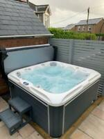 "NEW LUSO SPAS ""THE VELA""  LUXURY HOT TUB SPA 5 6 PERSON BALBOA APRIL DELIVERY"