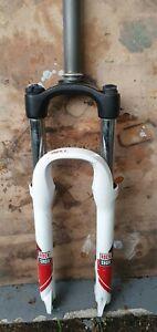 Rockshox Dart 2 100mm Suspension Fork. 1 1/8 straight steerer 26 inch wheel