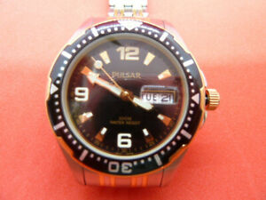 Pulsar Mens Divers Wrist Watch with rotating Bezel Day/Date gently preowned
