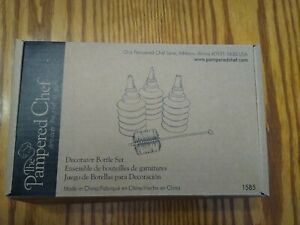 The Pampered Chef Decorator Bottle Set 1585 Decorator Tips & Cleaning Brush