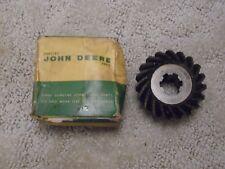 John Deere NOS Gear R201R
