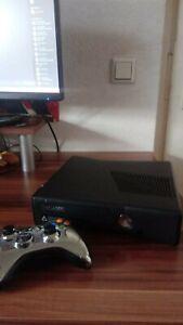 Xbox 360   Silber Chrome Controller   15 Spiele   Gebraucht   Guter Zustand