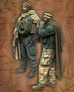 1/35 resin figure model kit Modern armed men 2 soldiers unassembled unpainted