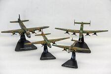 Britische Bomberstaffel - Vier Die-Cast Flugzeug Modelle 1:144 im Set