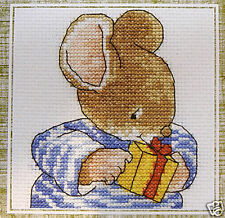 Mouse & Gift – DMC counted cross-stitch kit