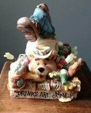 Moose Creek Crossing Bear Drinks Are On Me Beer Drinking Figurine New Enesco