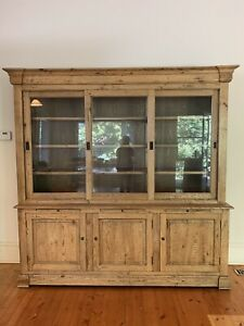 Provincial Home Living French Oak Buffet & Hutch Large -As New Cond RRP$5200+