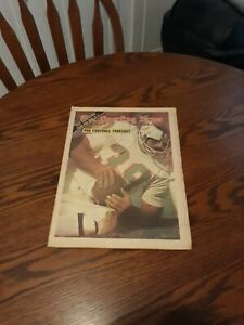 SEPTEMBER 22,1973-THE SPORTING NEWS-LARRY CSONKA OF THE MIAMI DOLPHINS(MINT)