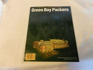 Green Bay Packers Official 2003 Yearbook Lambeau Field on Cover